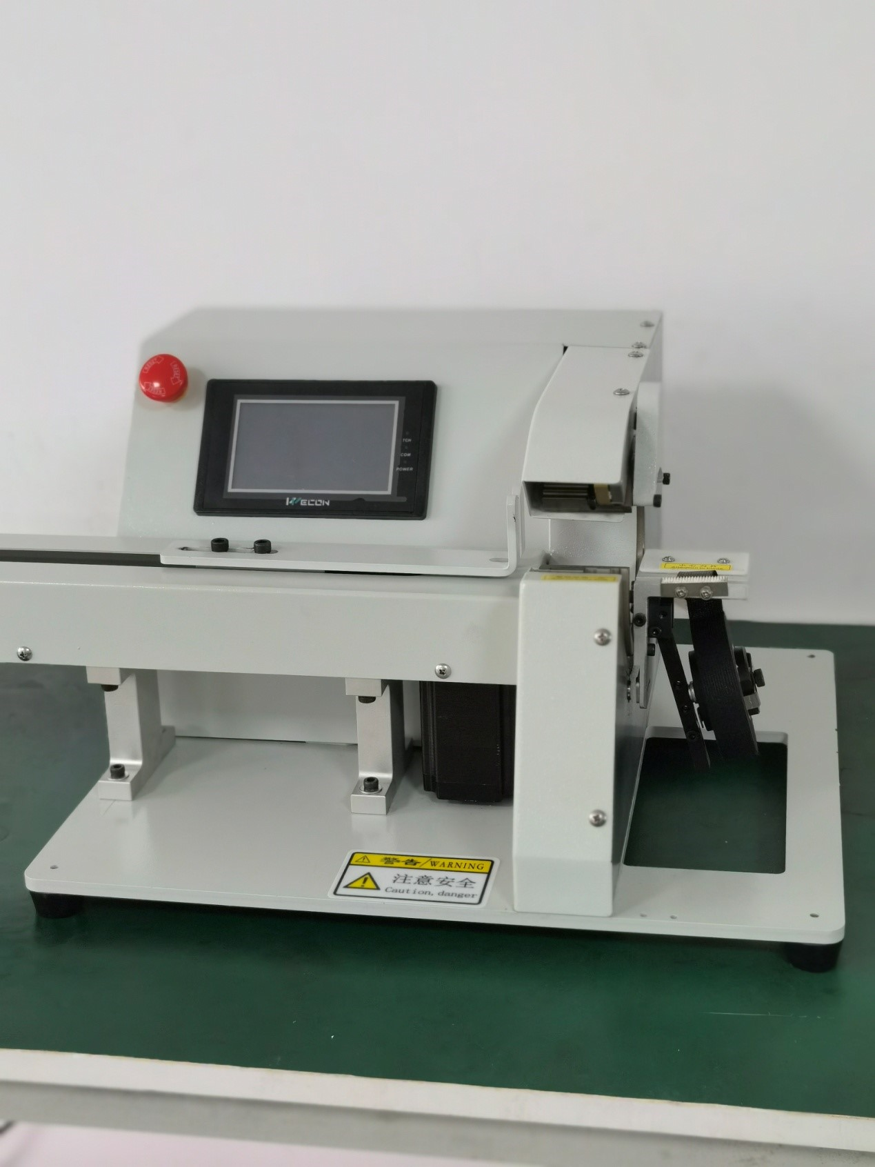 Taping wrapping machine with pull wire WPM-303K